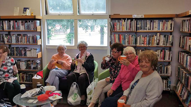 The Knit and Knatter group